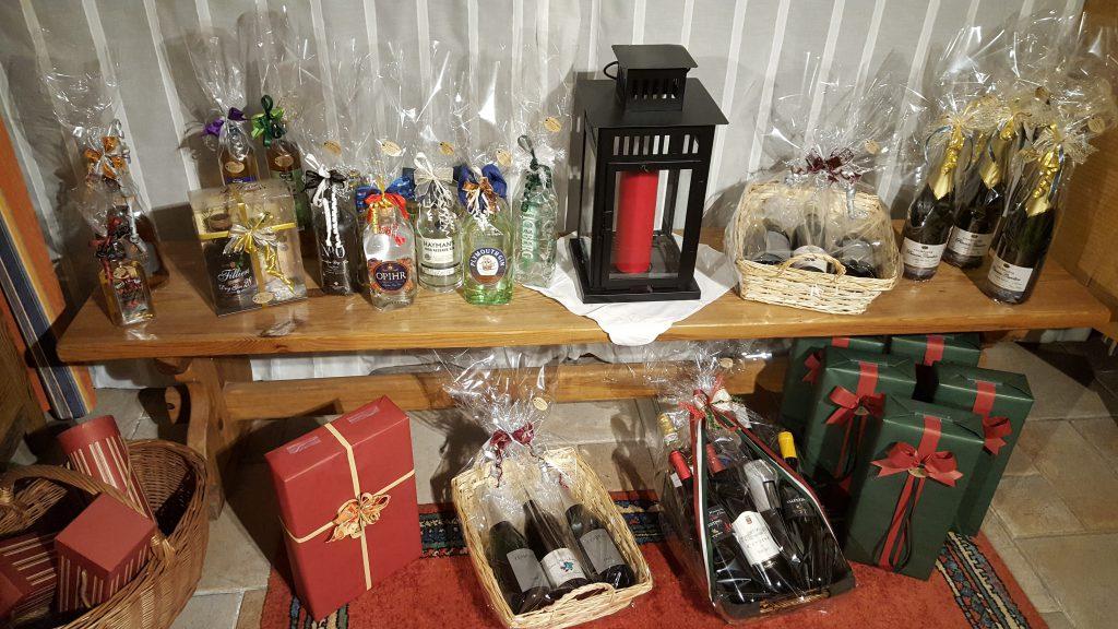 Winkel - bank vol geschenken